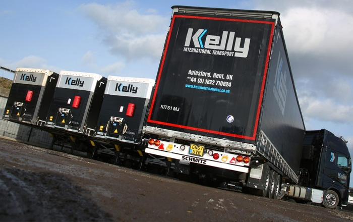 Schmitz Cargobull's Smart Trailer Telematics Secures New Curtainsider Order With Kelly International.