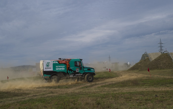 From Dakar To Dustbins: Transmission Performance And Durability To Be Highlighted At Solutrans.